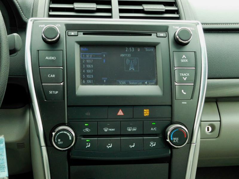 2015 Toyota Camry LE 4dr Sedan - Hopkins MN