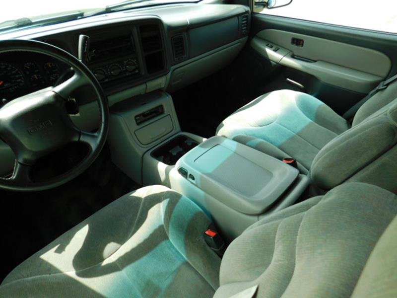 2001 GMC Yukon SLE 4WD 4dr SUV - Hopkins MN
