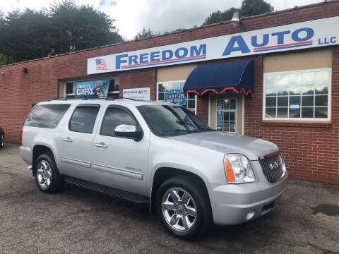 2010 GMC Yukon XL for sale at FREEDOM AUTO LLC in Wilkesboro NC