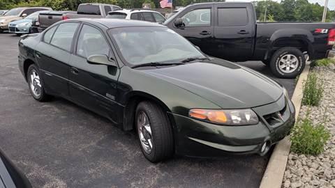 2000 Pontiac Bonneville for sale in Austintown, OH
