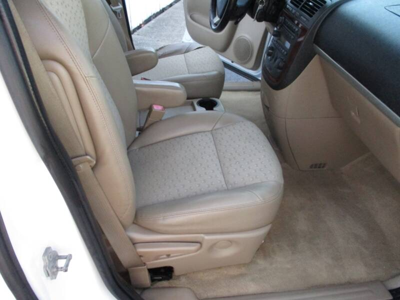 2008 Chevrolet Uplander LT 4dr Extended Mini-Van - Crystal Lake IL