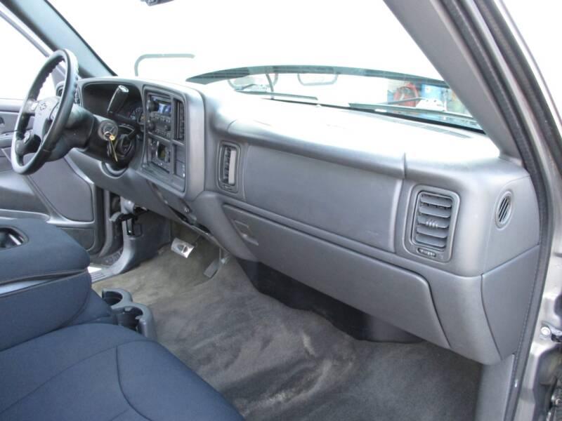 2006 Chevrolet Silverado 2500HD LT1 4dr Extended Cab 4WD LB - Crystal Lake IL