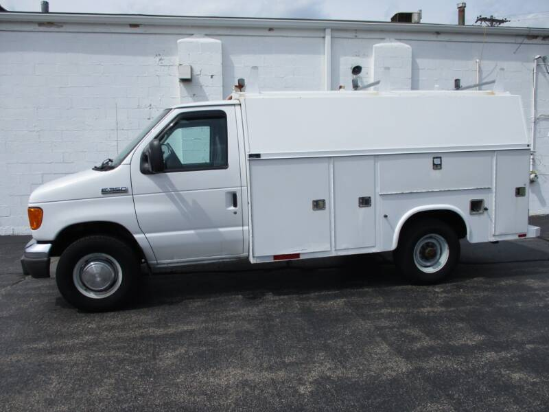 2007 Ford E-Series Chassis E-350 SD 2dr Commercial/Cutaway/Chassis 138-176 in. WB - Crystal Lake IL
