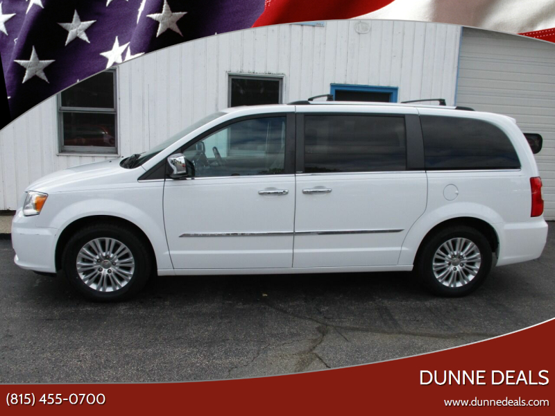 2014 Chrysler Town and Country Limited 4dr Mini-Van - Crystal Lake IL