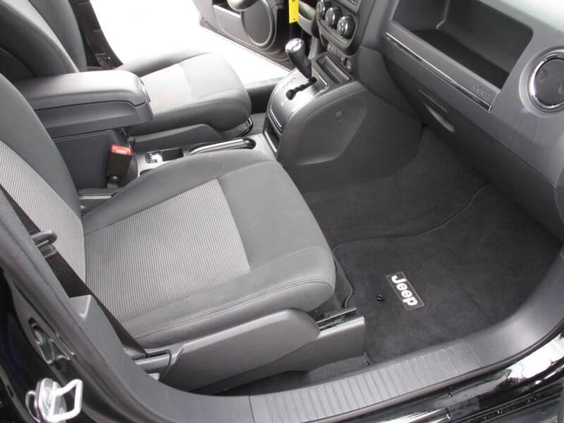 2012 Jeep Patriot 4x4 Latitude 4dr SUV - Crystal Lake IL