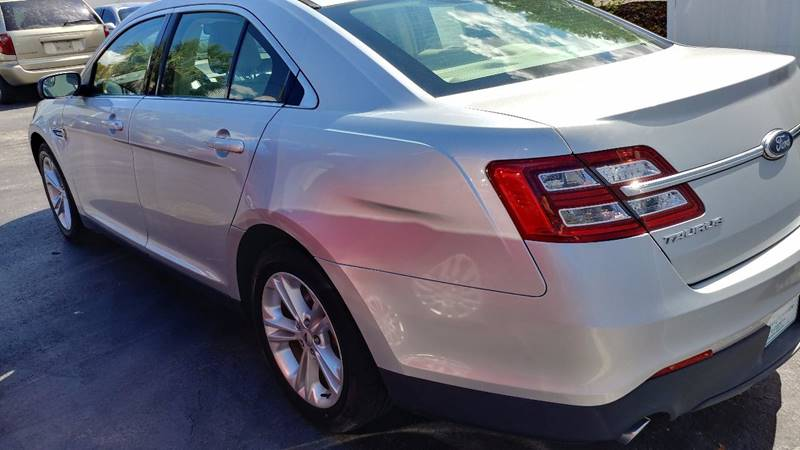2013 Ford Taurus for sale at Modern Auto Sales in Fort Myers FL