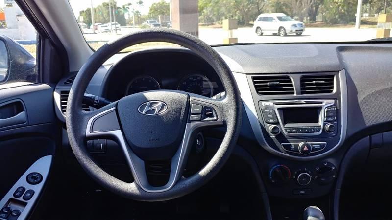 2016 Hyundai Accent SE 4dr Hatchback 6A - Fort Myers FL