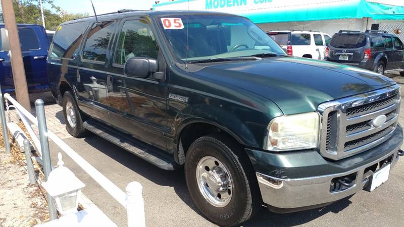 2005 Ford Excursion for sale at Modern Auto Sales in Fort Myers FL