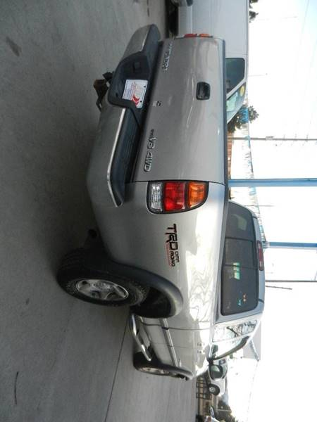 2002 Toyota Tundra 4dr Access Cab SR5 4WD SB V8 - Longmont CO