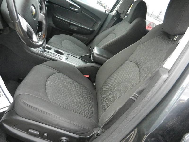 2011 Chevrolet Traverse AWD LT 4dr SUV w/1LT - Longmont CO