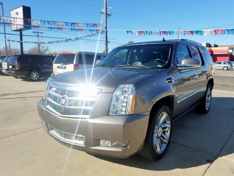 2012 cadillac escalade awd platinum edition 4dr suv in. Black Bedroom Furniture Sets. Home Design Ideas