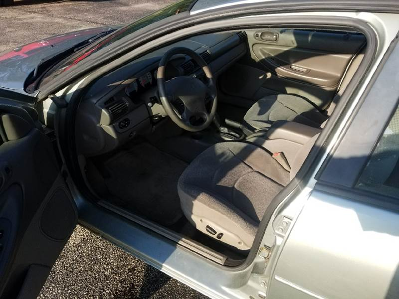 2004 Dodge Stratus SE 4dr Sedan - North Freedom WI