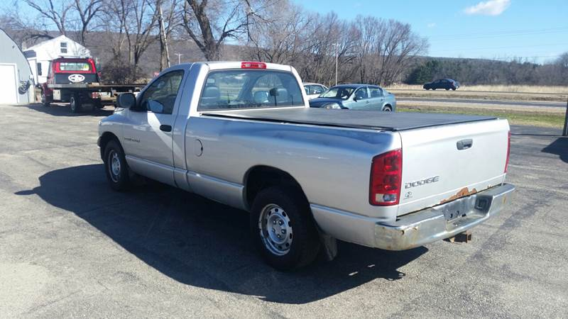 2004 Dodge Ram Pickup 1500 2dr Regular Cab ST Rwd LB - North Freedom WI