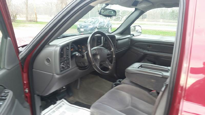 2006 GMC Sierra 1500 SLE1 4dr Crew Cab 4WD 5.8 ft. SB - North Freedom WI