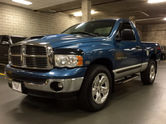 2004 Dodge Ram Pickup 1500 for sale at Supreme Carriage in Wauconda IL