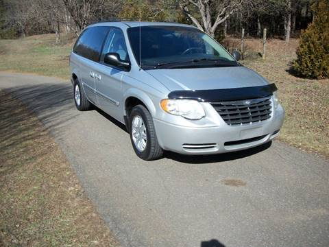 2006 Chrysler Town and Country for sale in Nebo, NC
