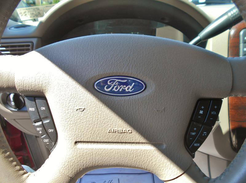 2005 Ford Explorer for sale at Premiere Auto Sales in Washington PA