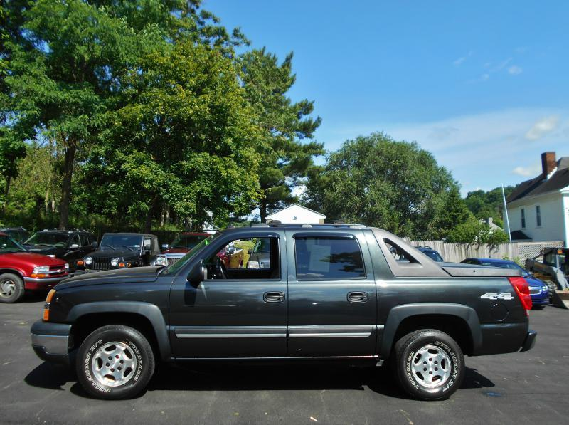 2006 Chevrolet Avalanche for sale at Premiere Auto Sales in Washington PA