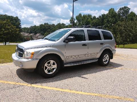 2004 Dodge Durango for sale at WIGGLES AUTO SALES INC in Mableton GA