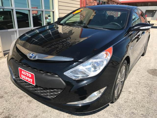 2014 Hyundai Sonata Hybrid for sale at Auto Depot in Killeen TX