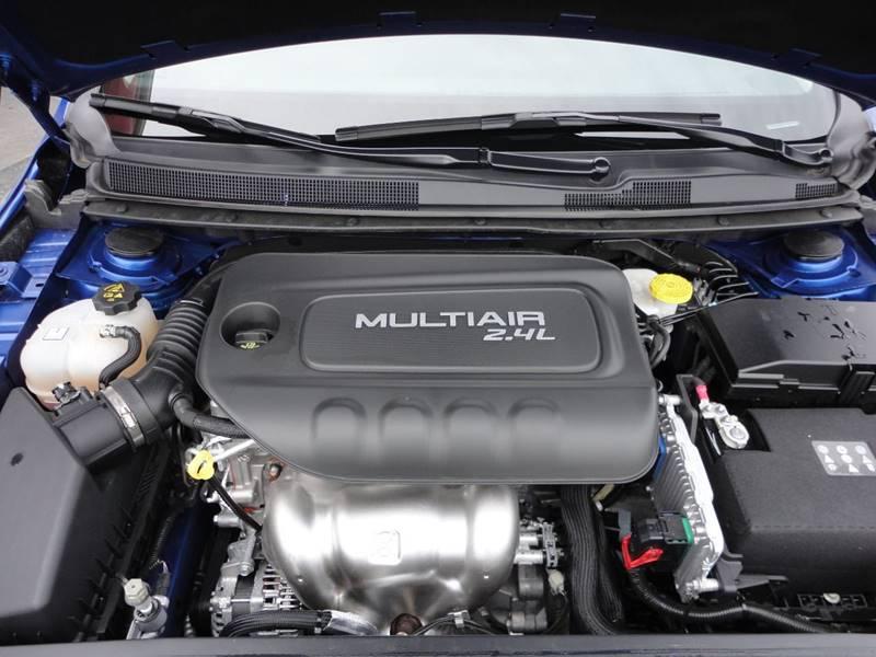 2016 Chrysler 200 C 4dr Sedan - Perryville MO