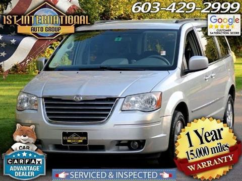 2009 Chrysler Town and Country for sale in Merrimack, NH