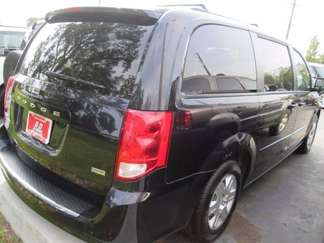 2011 Dodge Grand Caravan Express 4dr Mini-Van - Warren MI