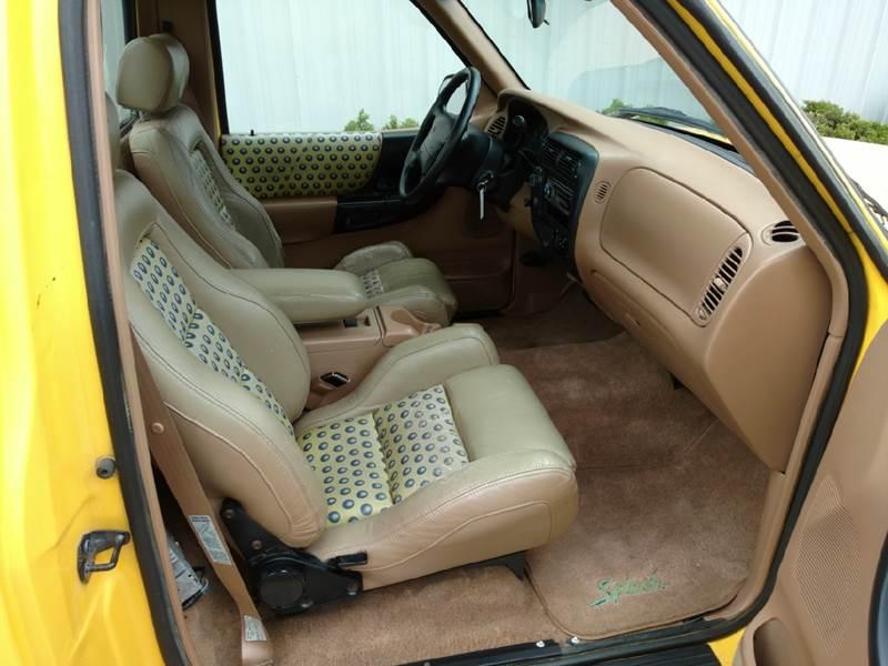 1995 Ford Ranger 2dr Splash 4WD Standard Cab Stepside SB - Amboy IL