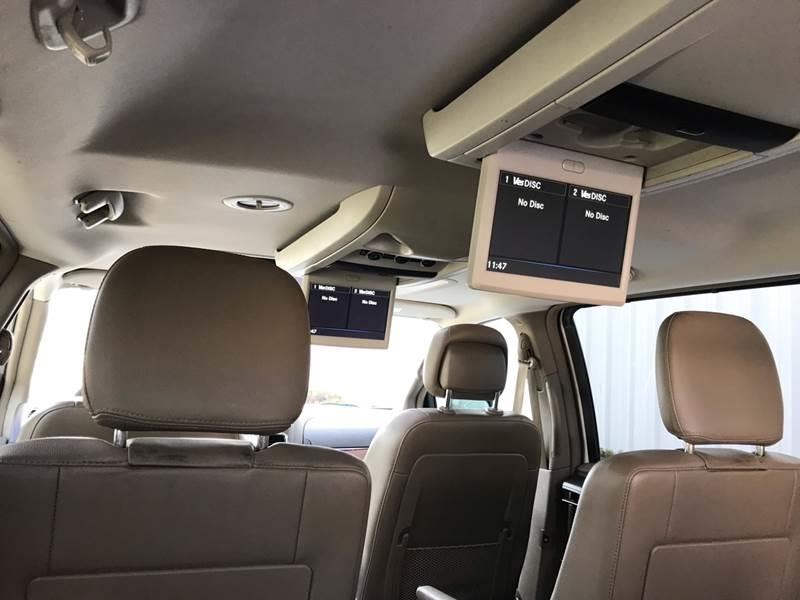2013 Chrysler Town And Country Touring-L 4dr Mini-Van In Amboy IL