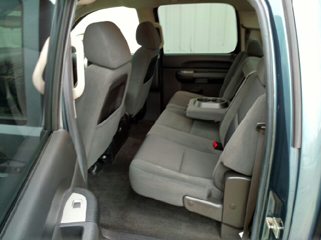 2009 Chevrolet Silverado 1500 4x4 LT 4dr Crew Cab 5.8 ft. SB - Amboy IL