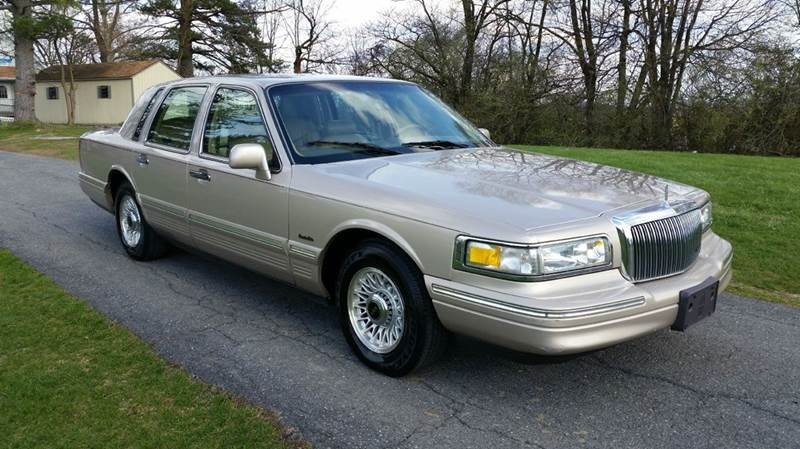 1997 Lincoln Town Car Executive 4dr Sedan In Carlisle Pa Trust
