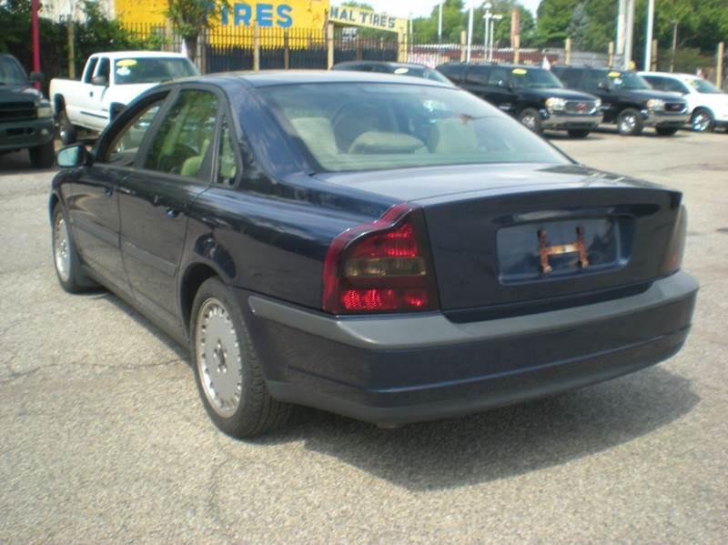 2001 Volvo S80 2.9 4dr Sedan In Detroit MI - Automotive Center