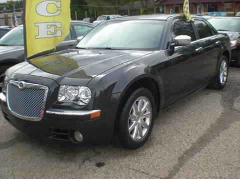 2009 Chrysler 300 for sale at Automotive Center in Detroit MI