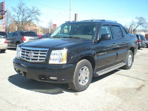 2004 Cadillac Escalade EXT for sale in Detroit, MI