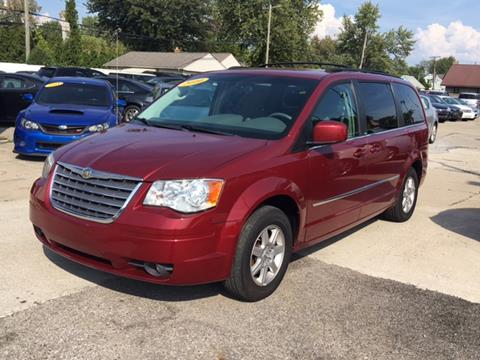 2010 Chrysler Town and Country for sale in Taylor, MI