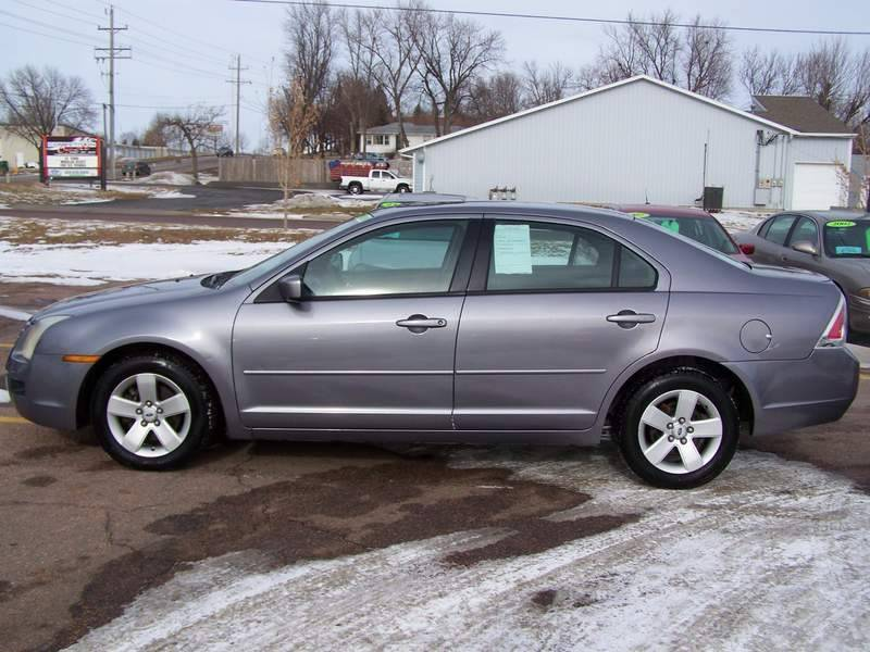 Ford Fusion V SE In Sioux Falls SD Quality Automotive - 2006 fusion