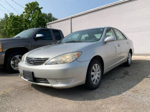 2006 Toyota Camry for sale at Columbus Car Trader in Reynoldsburg OH