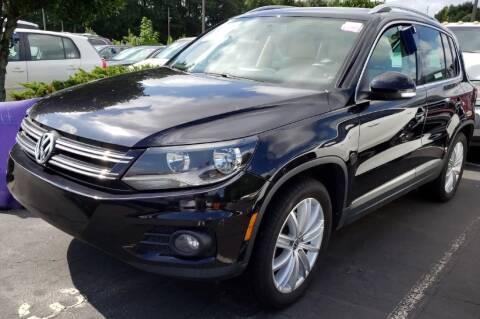 2012 Volkswagen Tiguan for sale at Klassic Cars in Lilburn GA