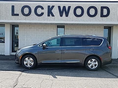 2017 Chrysler Pacifica for sale in Marshall, MN