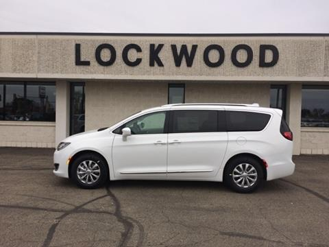 2018 Chrysler Pacifica for sale in Marshall, MN