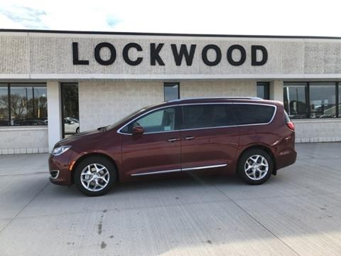 2020 Chrysler Pacifica for sale in Marshall, MN