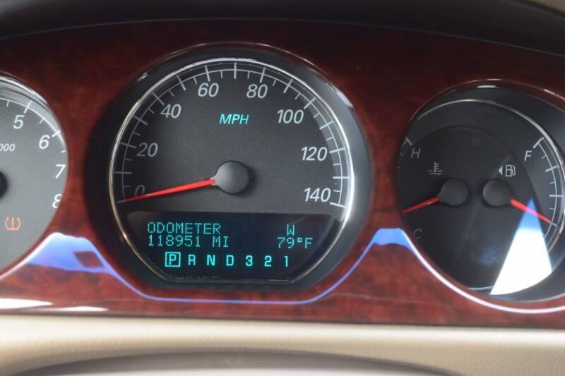 2006 Buick Lucerne CXL V6 4dr Sedan - Waukesha WI