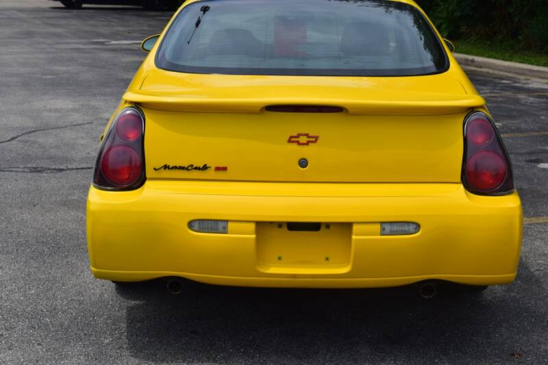 2003 Chevrolet Monte Carlo SS 2dr Coupe - Waukesha WI