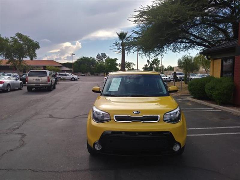 2016 KIA SOUL  4DR WAGON unspecified exhaust hidden exhaustgrille color black with chrome accen