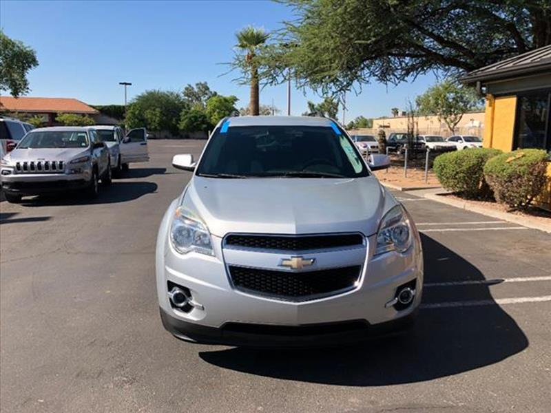 2011 CHEVROLET EQUINOX LT 4DR SUV W2LT silver grille color black with chrome accentsmirror colo