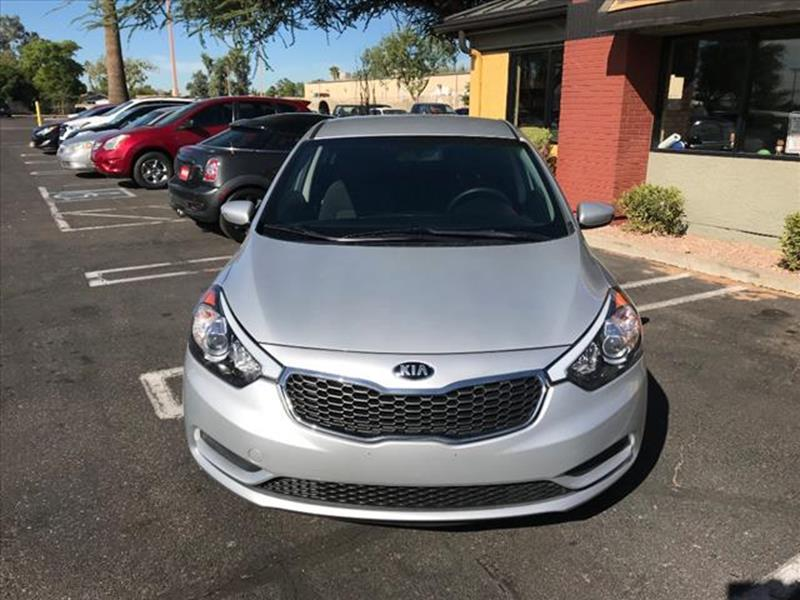 2016 KIA FORTE LX 4DR SEDAN 6A unspecified this is amazing economy car it has a peppy 18 l  it