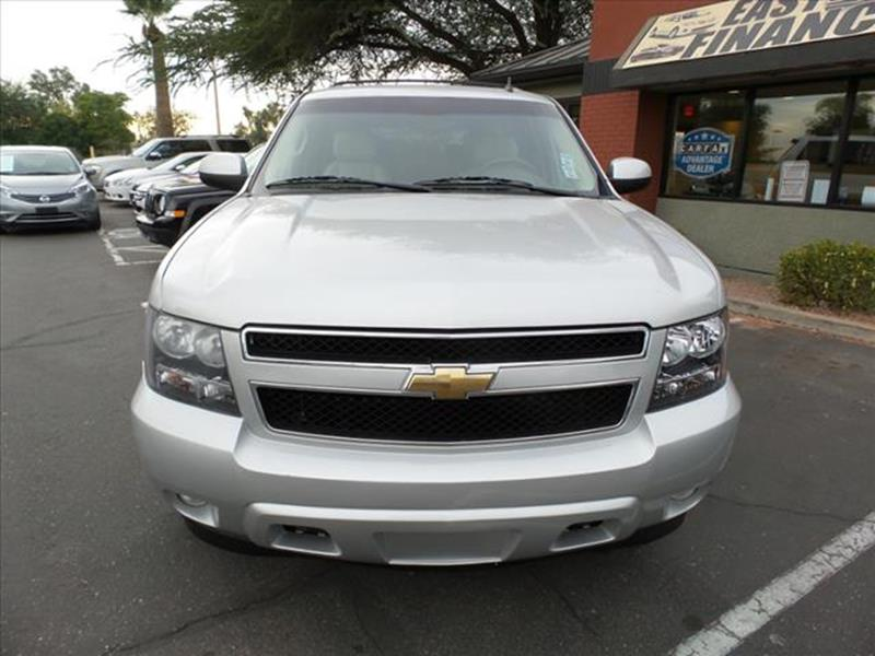 2010 CHEVROLET SUBURBAN LT 1500 4X4 4DR SUV silver body side moldings body-colormirror color bod