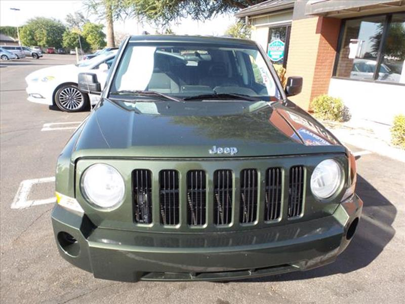 2008 JEEP PATRIOT SPORT 4DR SUV WCJ1 SIDE AIRBAG green grille color body-colortowing and haulin
