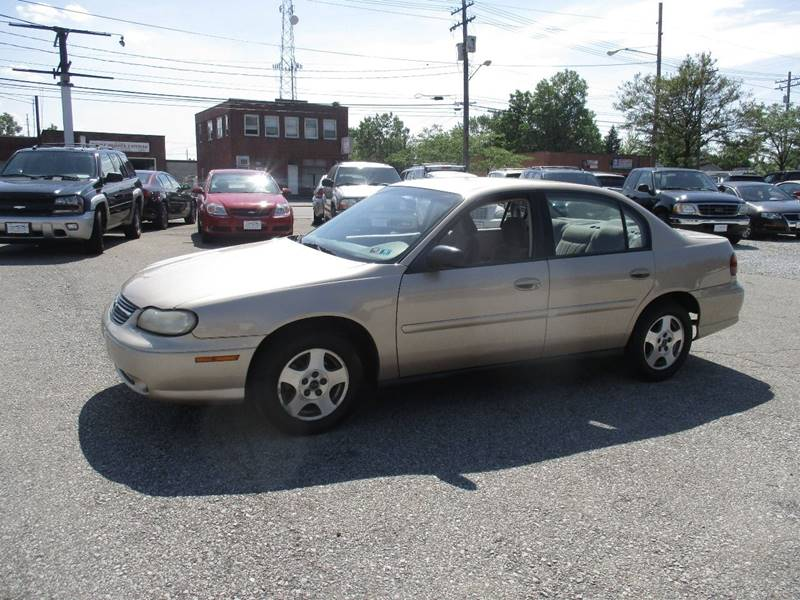 2004 Chevrolet Classic 4dr Sedan - Maple Heights OH