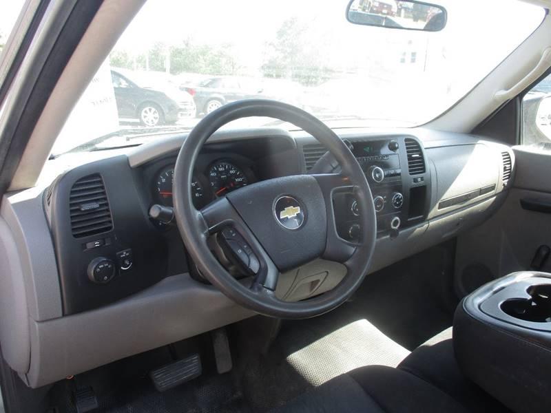 2011 Chevrolet Silverado 1500 4x2 Work Truck 2dr Regular Cab 6.5 ft. SB - Maple Heights OH